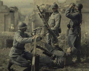 A rare early color photograph of WWI: the machine gun was one of the transformative technologies of the First World War.