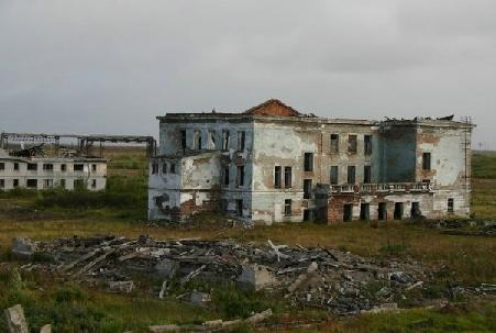Promyshlennyi, in the Vorkuta area, was abandoned as services were cut off with the collapse of the Soviet Union.