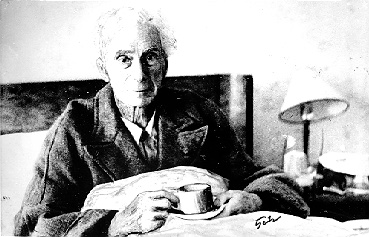 Bertrand Russell in a hospital in Trondheim after his plane crashed in the fjord.
