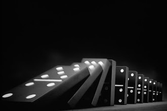 The straight line of causality of falling dominoes constitutes another model of diachronic extrapolation.