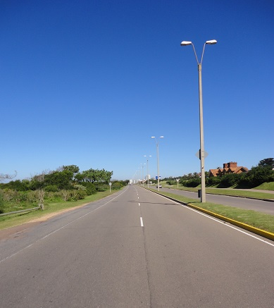 ...and the empty highways of the low season...