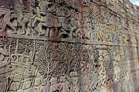 bas-relief-depicting-the-daily-life-of-the-khmer-people