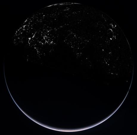 Earth_Nightside_composite