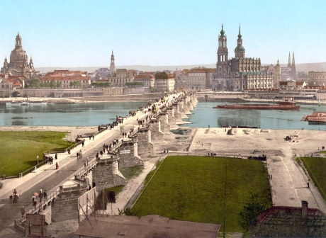 Dresden as 'Florence on the Elbe' in a colorized photograph from about 1890.